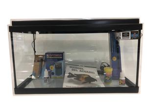 Vista de los elementos que trae el acuario kit completo de 60 litros aqua-led.